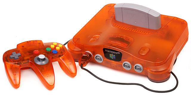 N64 نخستین کنسولی بود که در مقیاس بسیار گسترده با طرح و رنگ ها مختلفی منتشر شد.